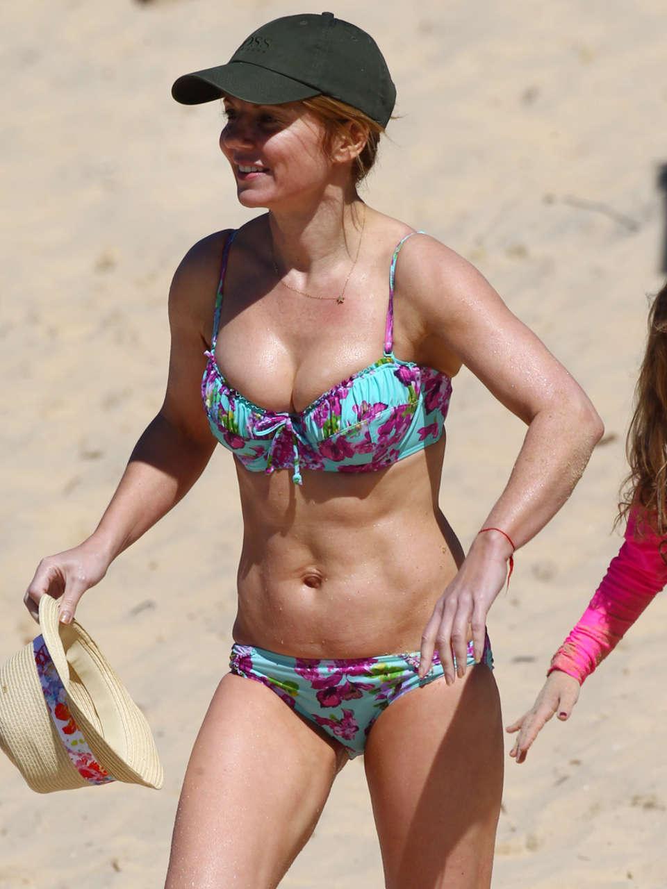 Geri Halliwell Bikini 2013 in Sydney -01 | GotCeleb