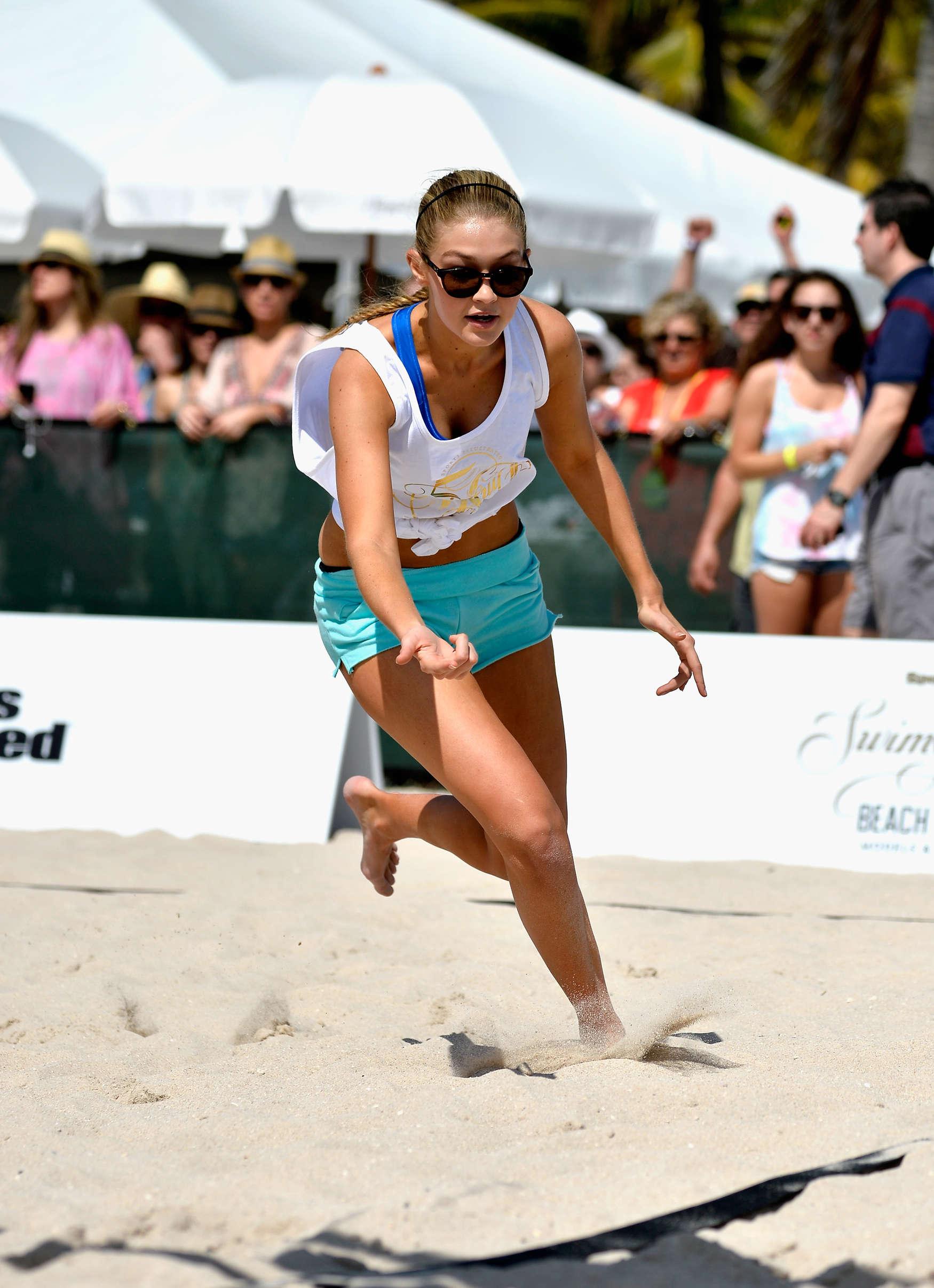 Nina Agdal Hits the Volleyball at the Sports Illustrated
