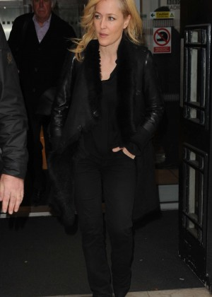Gillian Anderson - Visits BBC Radio 2 in London