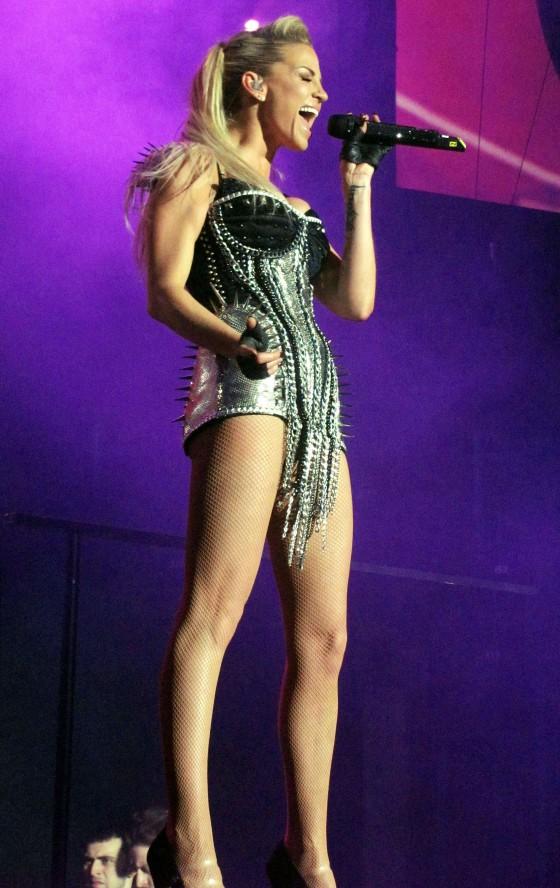 Girls Aloud – Performing Live at Nottinham Capital Arena