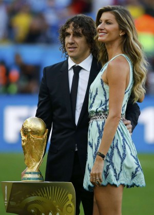 Gisele Bundchen at 2014 FIFA World Cup -04
