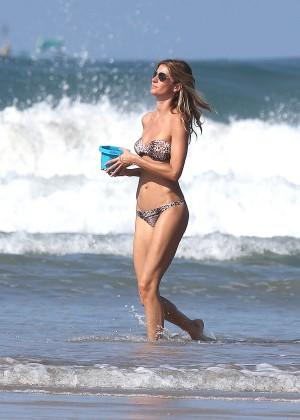 Gisele Bundchen Bikini Photos: 2014 in Costa Rica -16