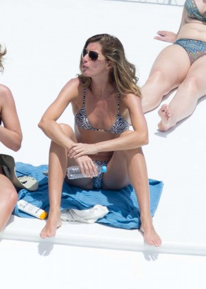 Gisele Bundchen Bikini Photos: 2014 in Brazil -02