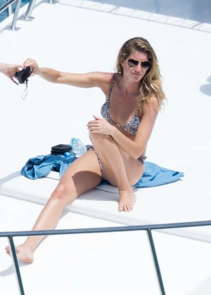 Gisele Bundchen Bikini Photos: 2014 in Brazil -07