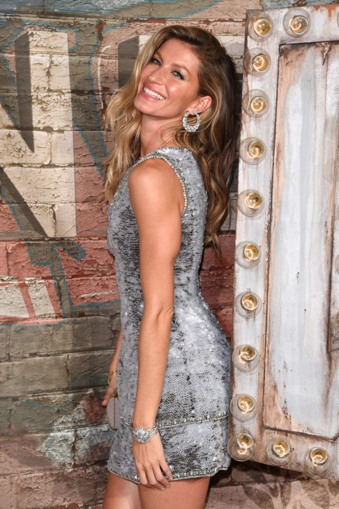 Gisele Bundchen - No. 5 The Film by Baz Luhrman Premiere in NYC