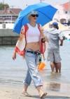 Gwen Stefani - At the beach in Long Beach -05