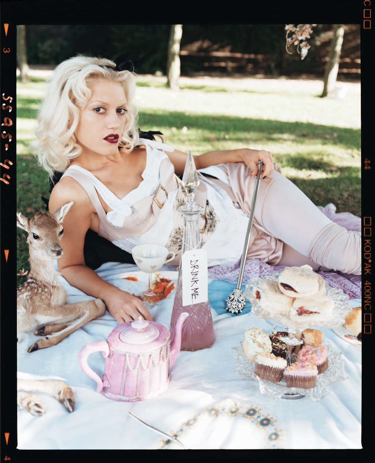 Gwen-Stefani---Lorenzo-Agius-photoshoot-