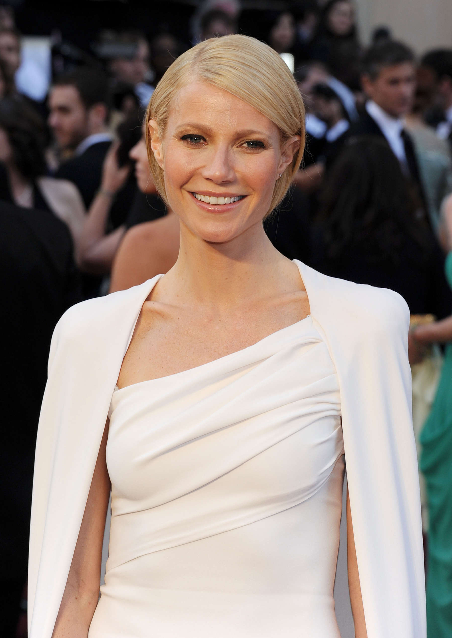 Gwyneth Paltrow opens up about her Oscars fashion disasters Gwyneth Paltrow opens up about her Oscars fashion disasters new foto