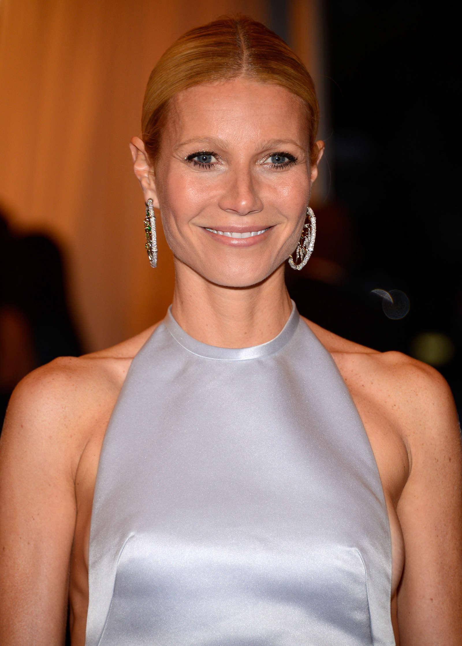 Gwyneth Paltrow - 2012... Gwyneth Paltrow