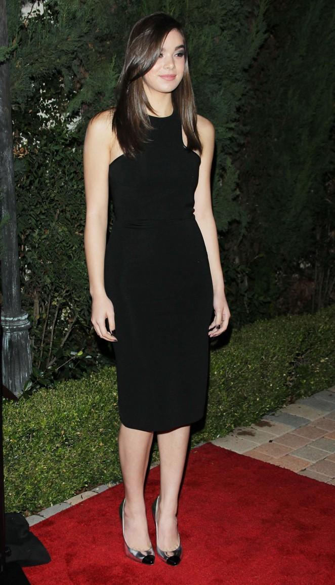 Hailee Steinfeld: 2014 Looking Ahead Awards -16