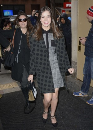 Hailee Steinfeld - Arriving at 'Today' Show in NYC