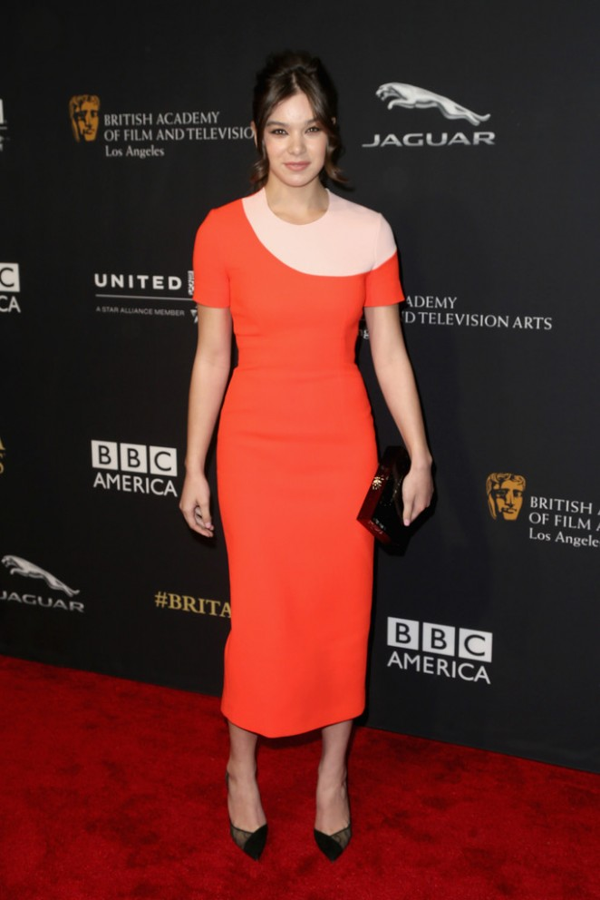 Hailee Steinfeld - BAFTA Los Angeles Jaguar Britannia Awards in Beverly Hills