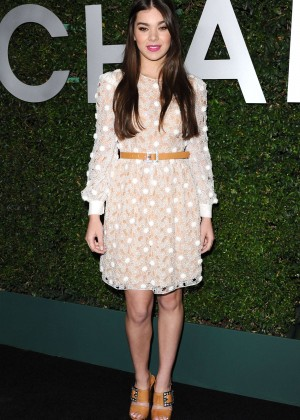 Hailee Steinfeld - Claiborne Swanson Frank's Book Launch in Beverly Hills