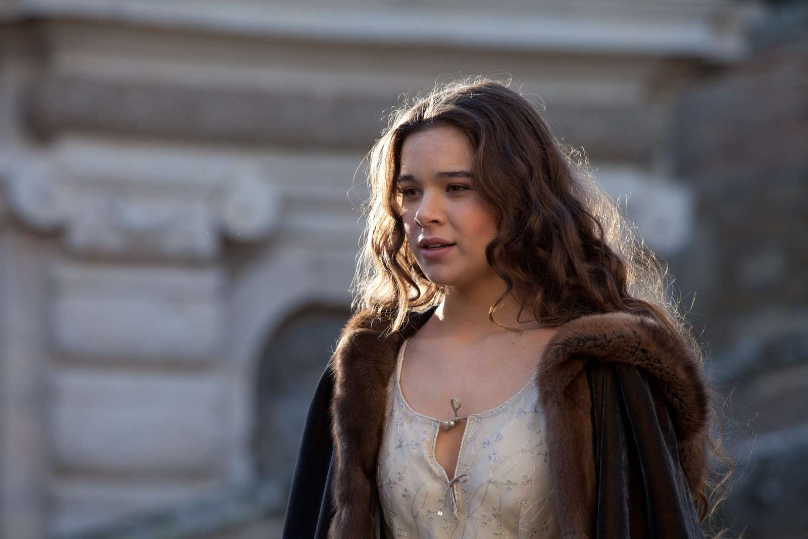 HELL WITH YOU IS PARADISE CAPÍTULO 10: Hailee-Steinfeld:-Romeo-and-Juliet-set--27
