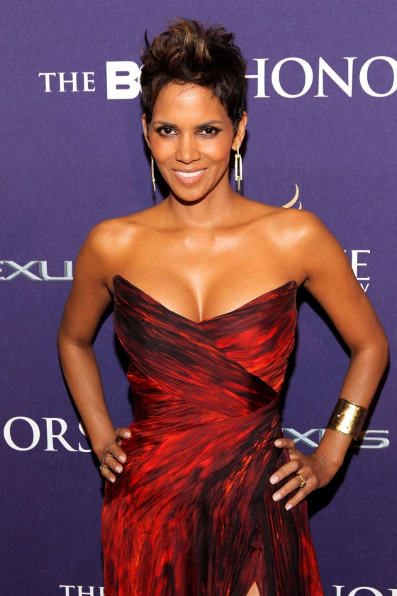 Halle Berry – 2013 BET Honors -03