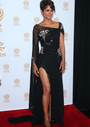 Halle Berry: 2014 Huading Film Awards -01