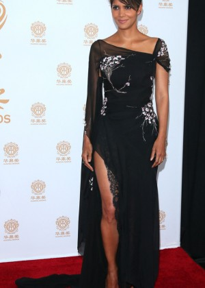Halle Berry: 2014 Huading Film Awards -13