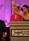 halle-berry-at-muhammad-alis-celebrity-fight-night-xvii-01