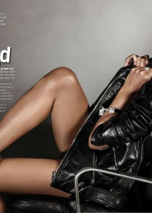 Halle Berry - Emmy Magazine N 06 2014
