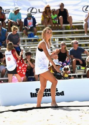 Hannah Ferguson: SI Swimsuit Beach Volleyball 2014 -05