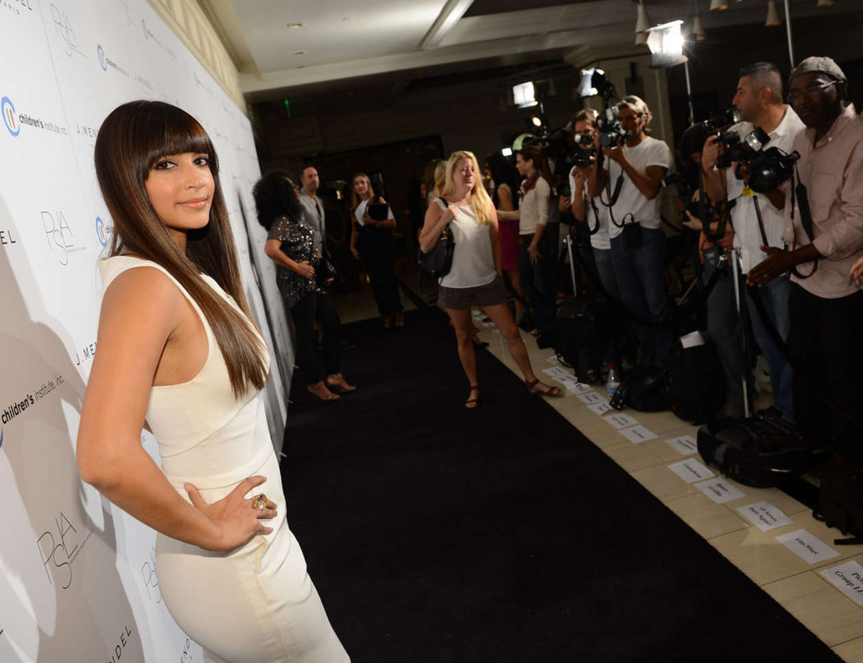 Hannah Simone 2012 : Hannah Simone – Autumn Party-10