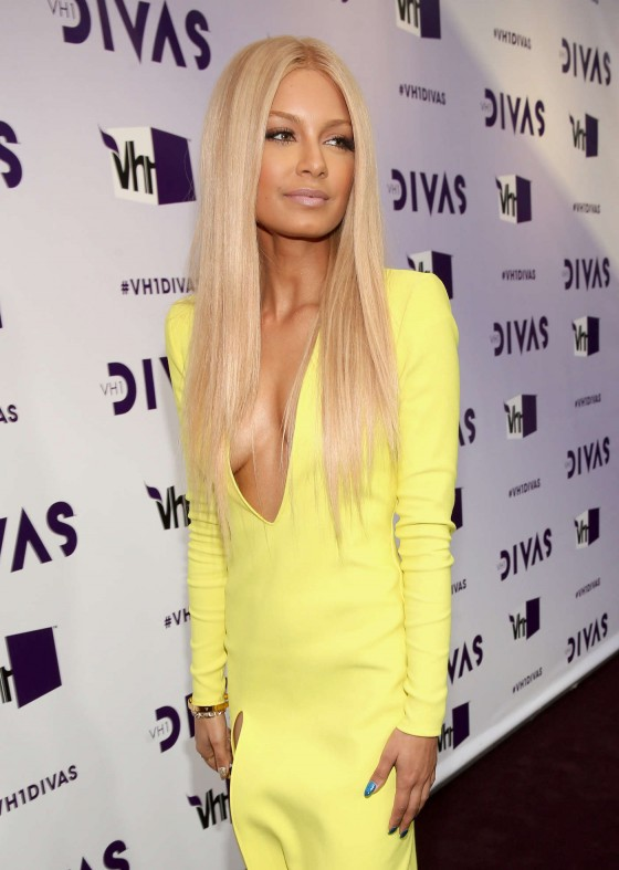 Havana Brown in yellow tight dress at 2012 VH1 Divas in Los Angeles