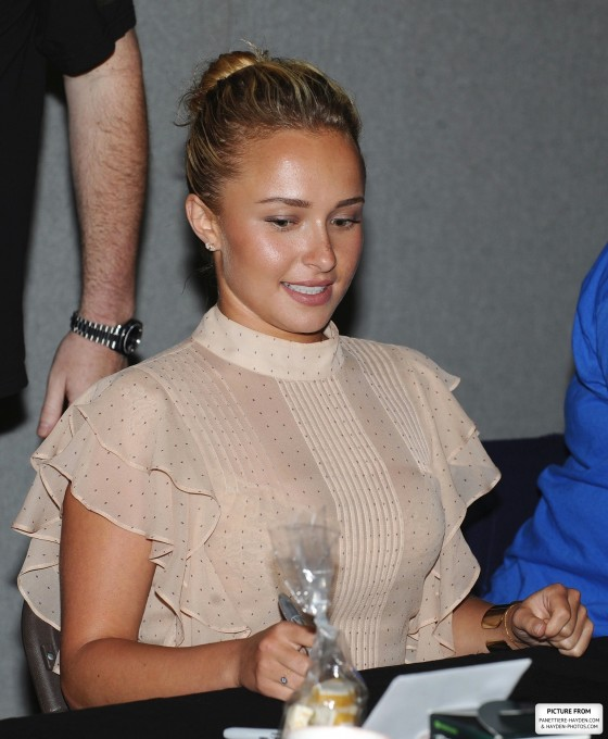 Hayden Panettiere - 2012 The London Film and Comic Con