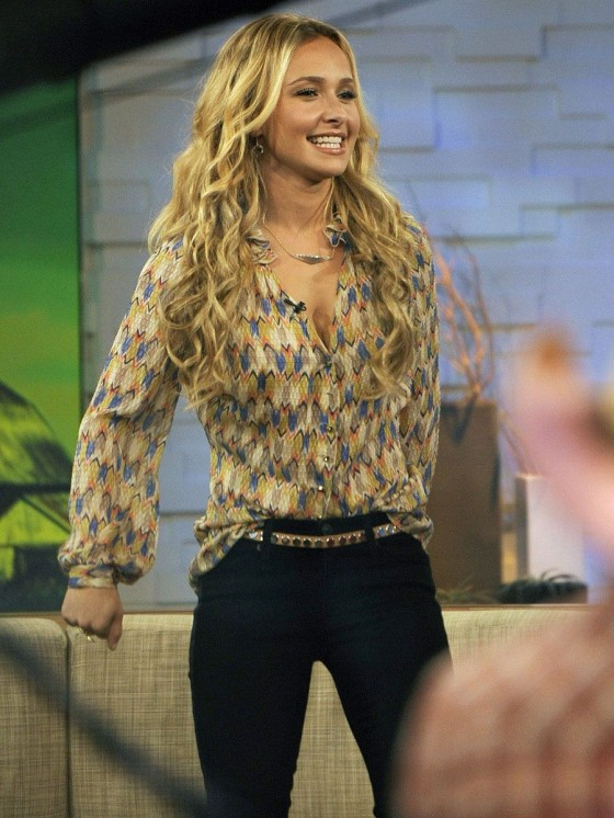 Hayden Panettiere at Good Morning America-06