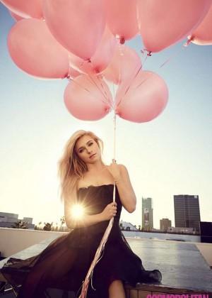 Hayden Panettiere: Cosmopolitan Magazine -01