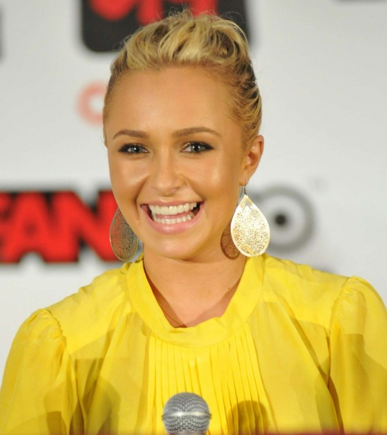 Hayden Panettiere – Fan Expo Canada in Toronto