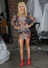 Hayden Panettiere In Tight Dress at The Late Show With David Letterman 2013-07
