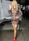 Hayden Panettiere In Tight Dress at The Late Show With David Letterman 2013-30