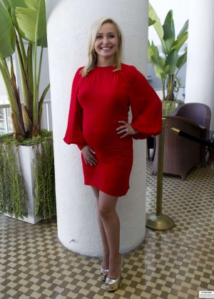 "Hayden Panettiere in Red Dress at ""Nashville"" Photocall in Los Angeles"