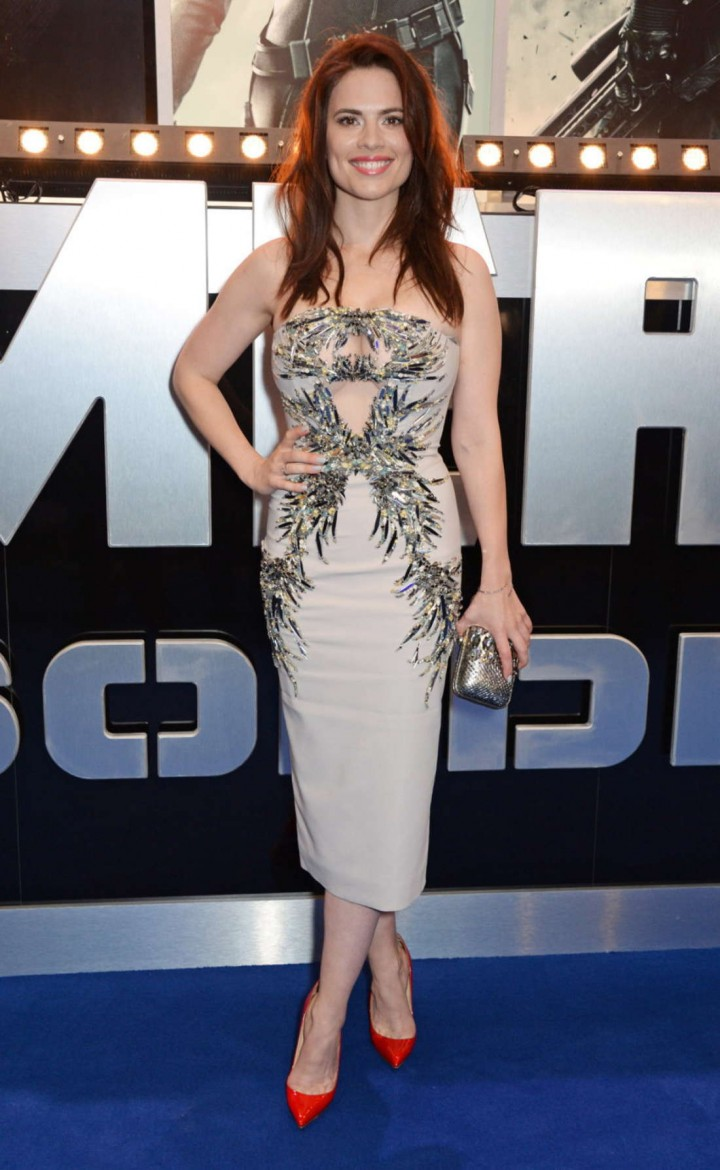 http://www.gotceleb.com/wp-content/uploads/celebrities/hayley-atwell/captain-america-the-winter-soldier-premiere-in-london/Hayley-Atwell:-Premiere-Captain-America:-The-Winter-Soldier--03-720x1170.jpg