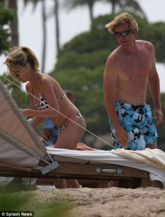 Heather Locklear - Hot Bikini Candids-02