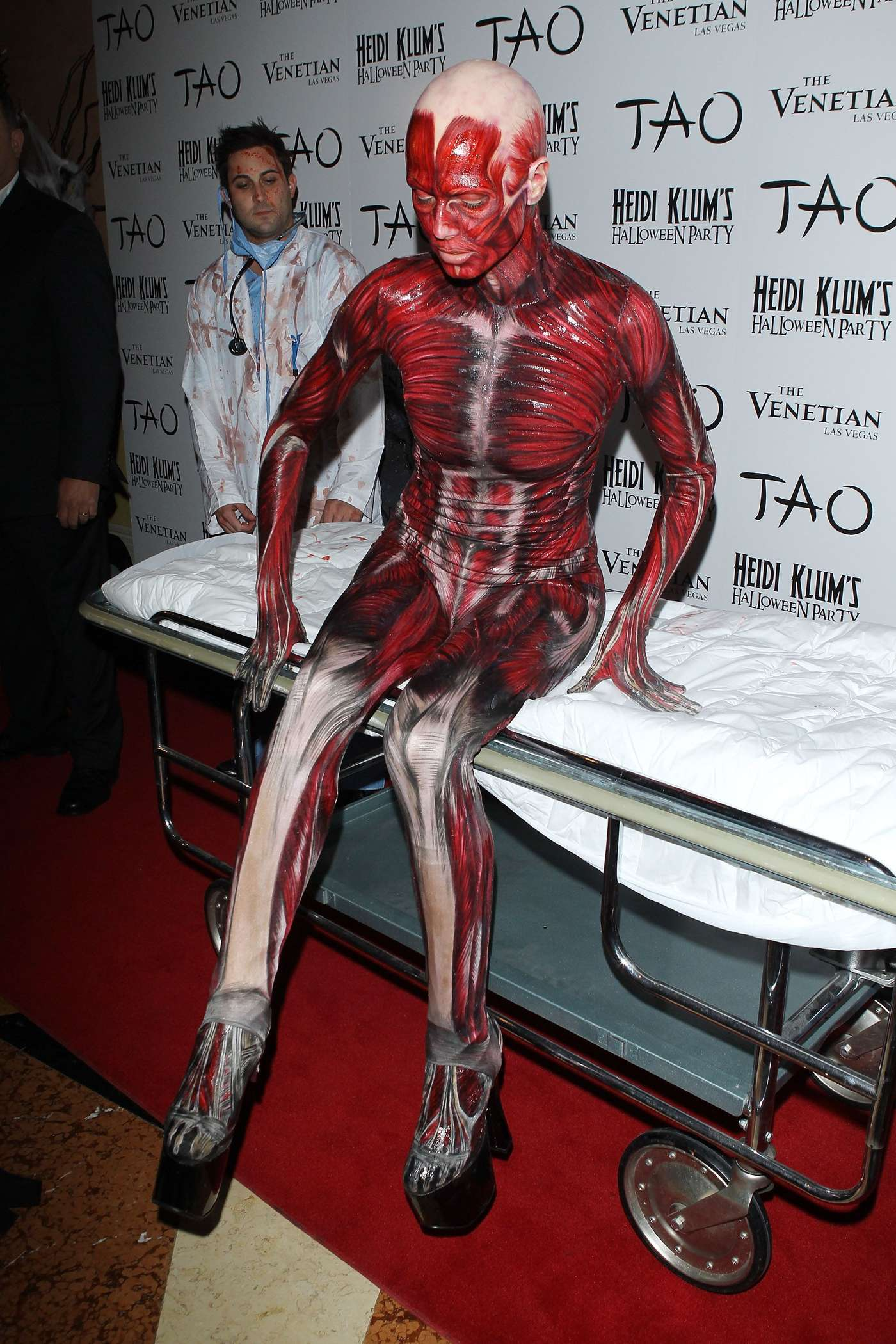 Heidi Klum - muscles and veins costume - Halloween Party in Las ...