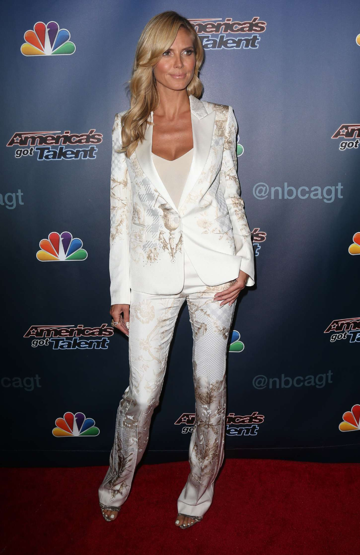 Heidi Klum Americas Got Talent Red Carpet Event 17