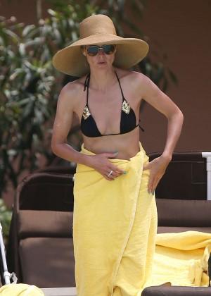 Heidi Klum Bikini Photos: 2014 in Bahamas -01