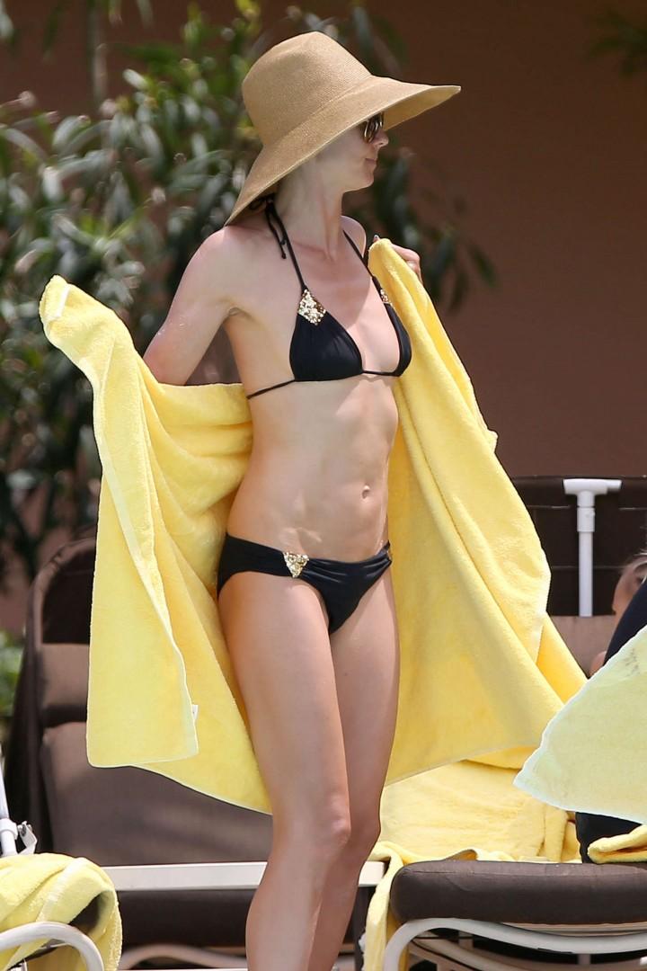 Heidi Klum Bikini Photos: 2014 in Bahamas -02