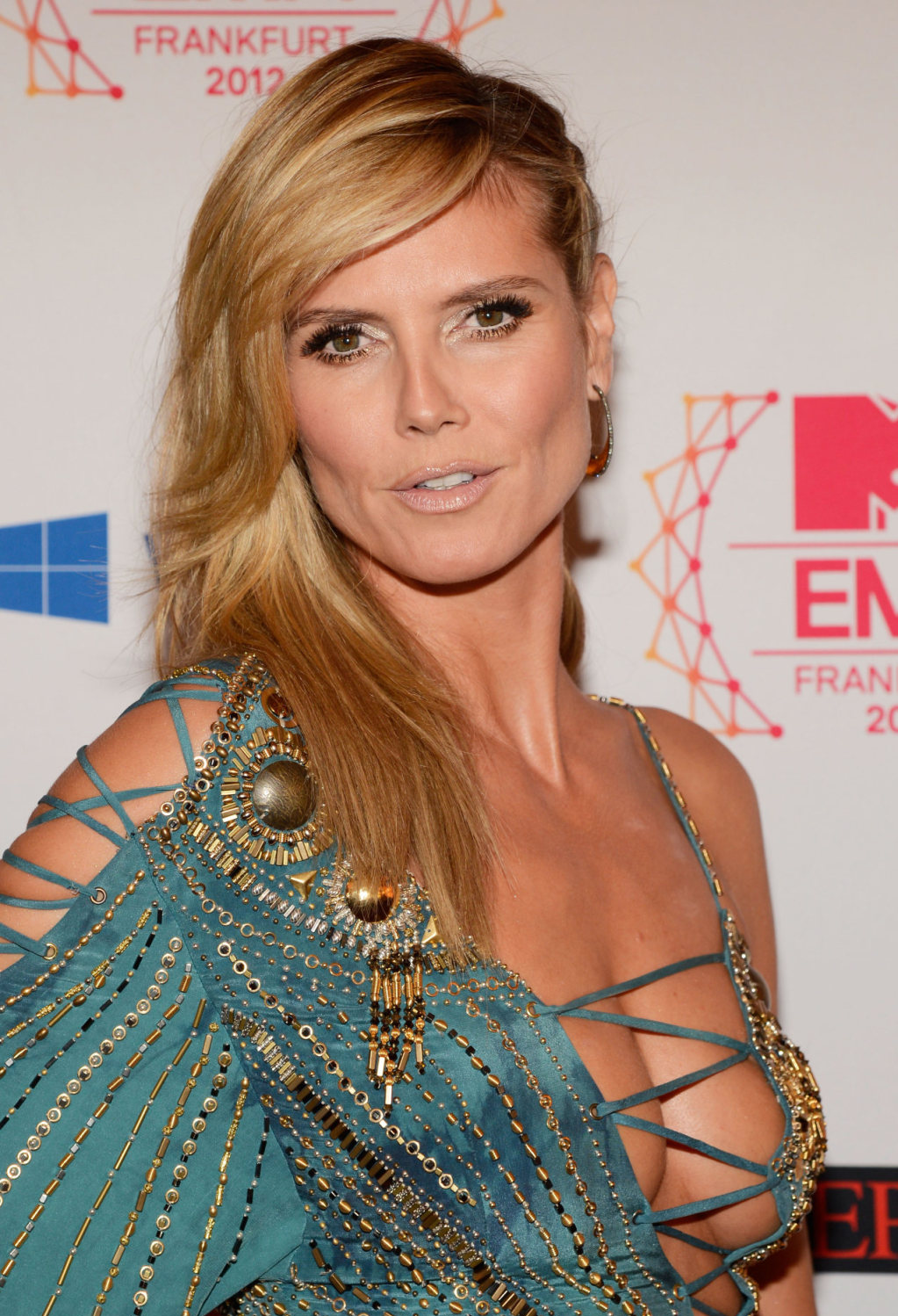 Heidi Klum – MTV Europe Music Awards 2012 In Frankfurt 09  Full