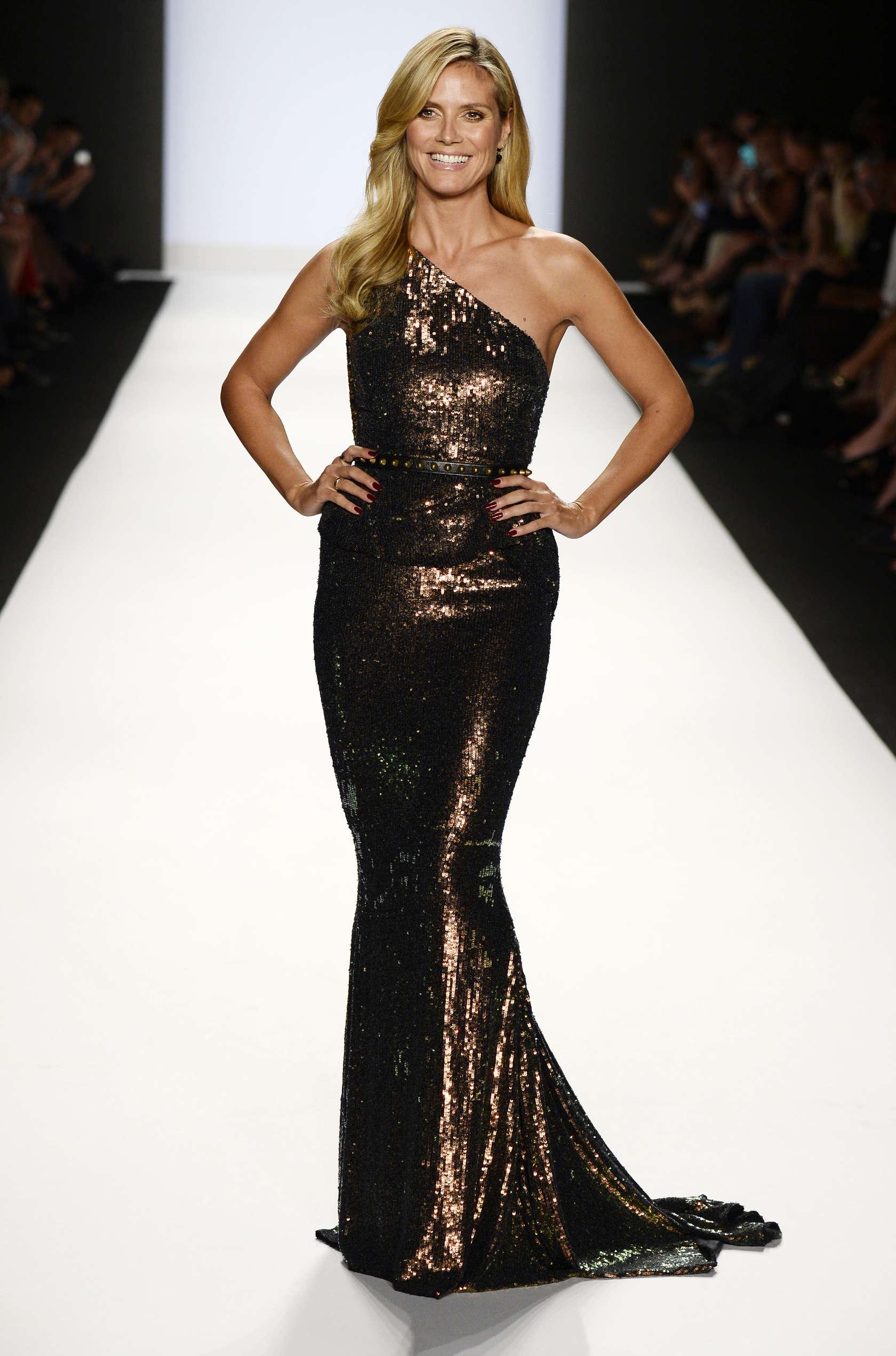 Heidi klum project runway spring 2014 fashion show 06 for Fashion runway shows videos