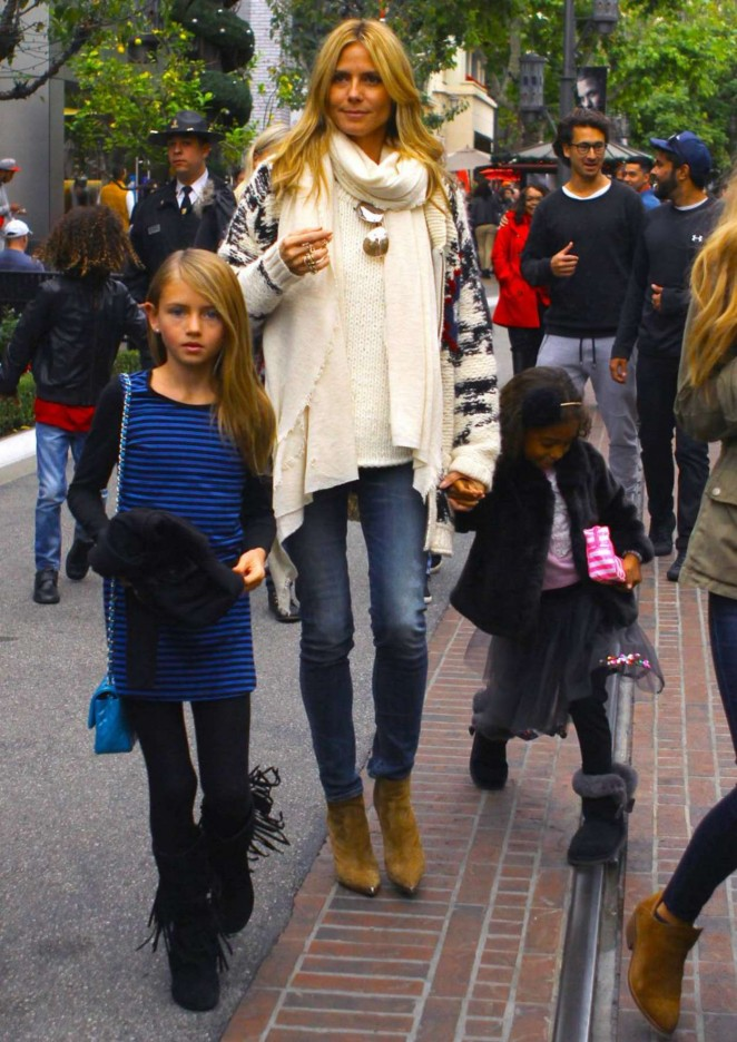 Heidi Klum With her Kids at The Grove in LA