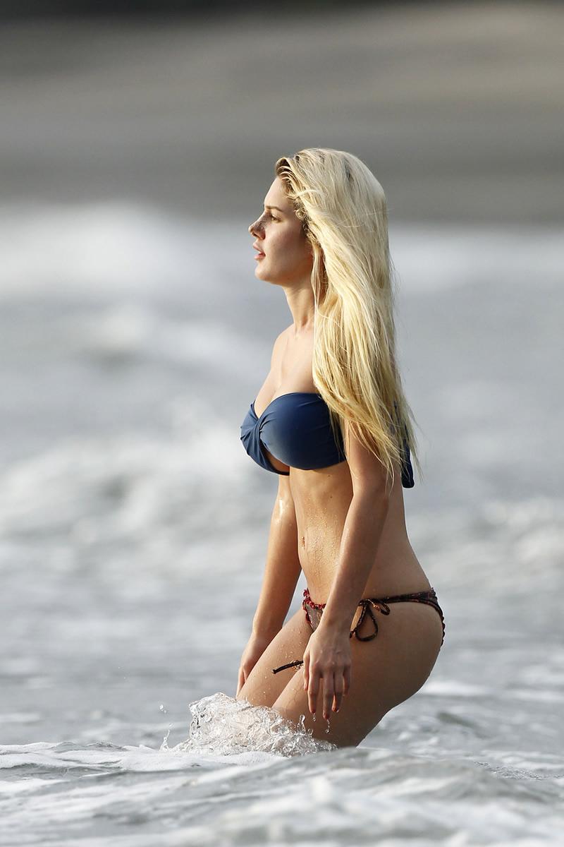 heidi-montag-bikini-fell-off-pics-at-costa-rica-sept-11 ...