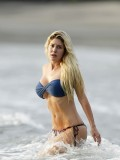 heidi-montag-bikini-fell-off-pics-at-costa-rica-sept-11-2010-23