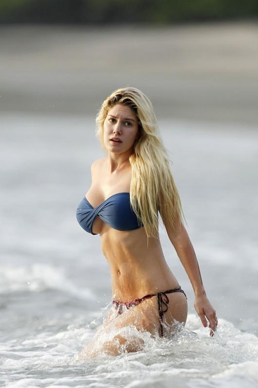 Miley cyrus bikini falls