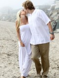 heidi-montag-with-pratt-in-malibu-beach-candids-sep-21-07