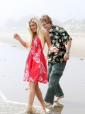 heidi-montag-with-pratt-in-malibu-beach-candids-sep-21-11