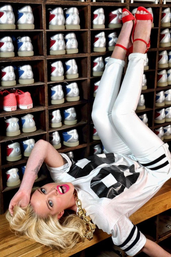 Helen Flanagan – Dog Bowl Bowling Alley Photoshoot – March 2013 -01