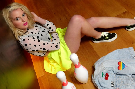 Helen Flanagan – Dog Bowl Bowling Alley Photoshoot – March 2013 -11