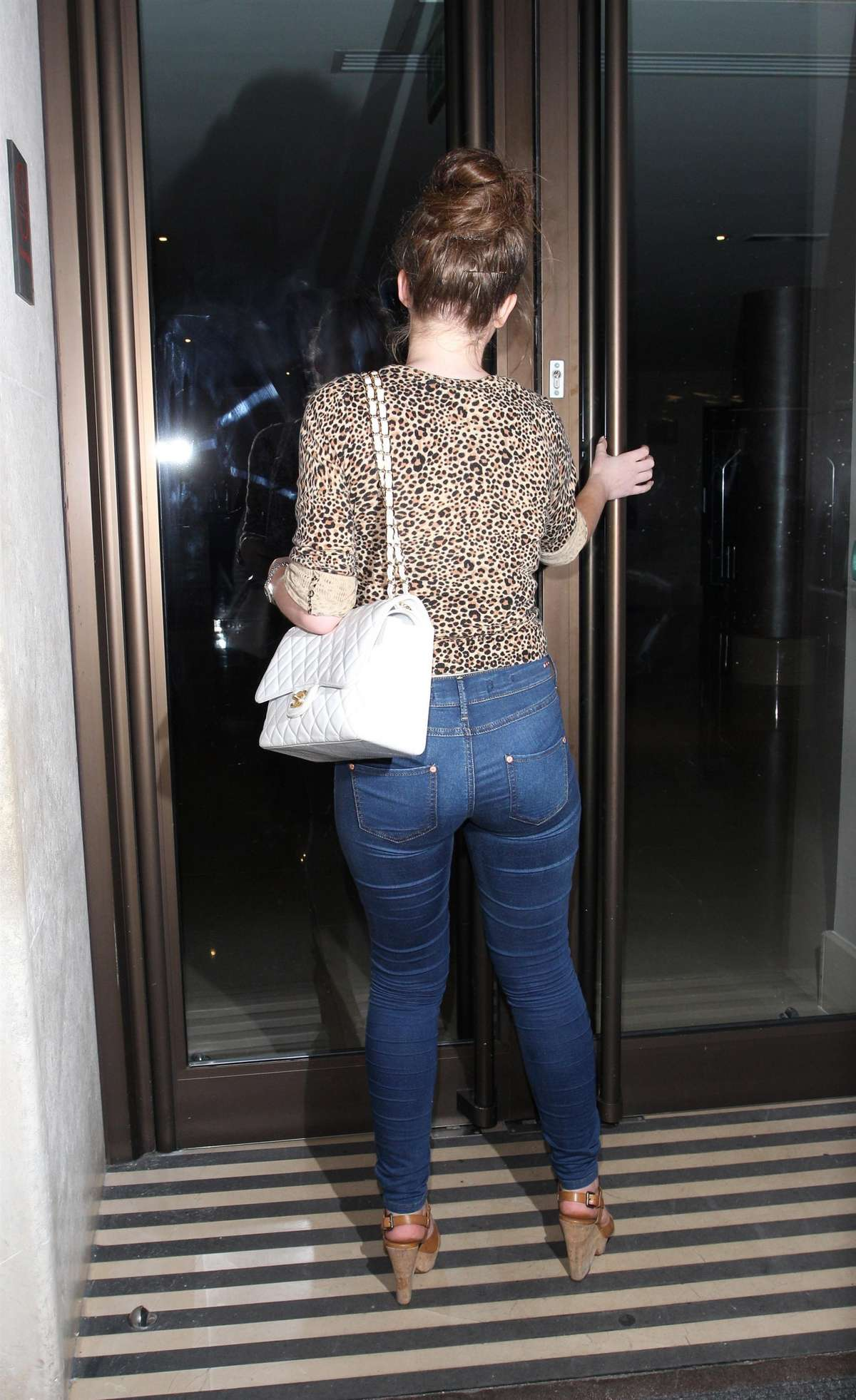 Helen Flanagan In A Tight Jeans 08 Gotceleb